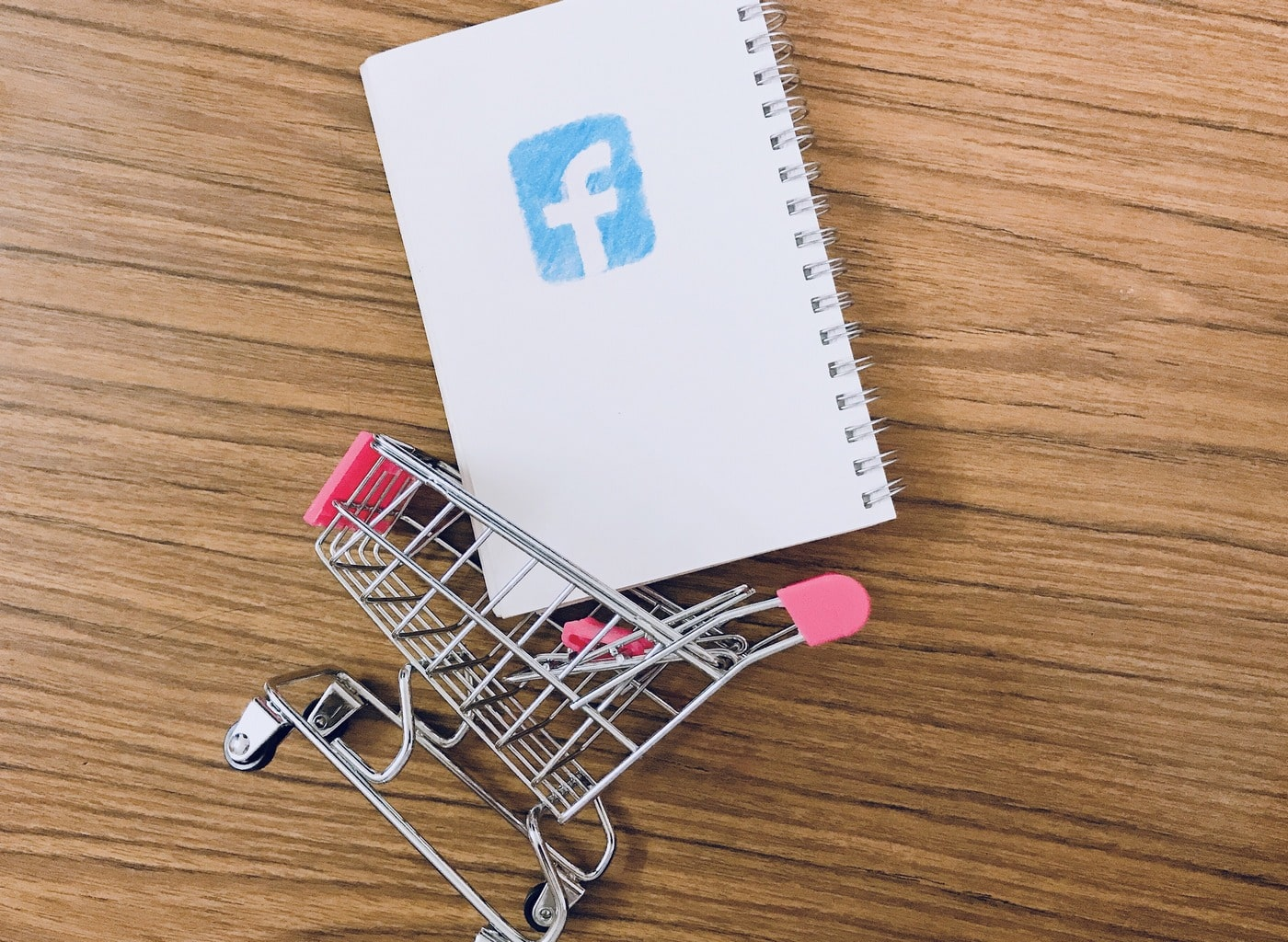 FaceBook marketing mobile content users fb